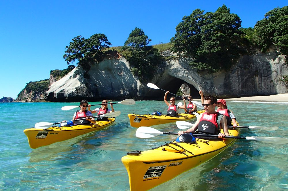 C-cathedral-cove-classic-tours